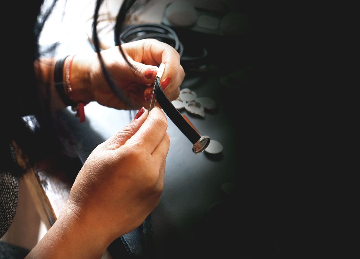 La qualité de fabrication est fondamentale pour l'atelier de bijoux de golf Missteegreen